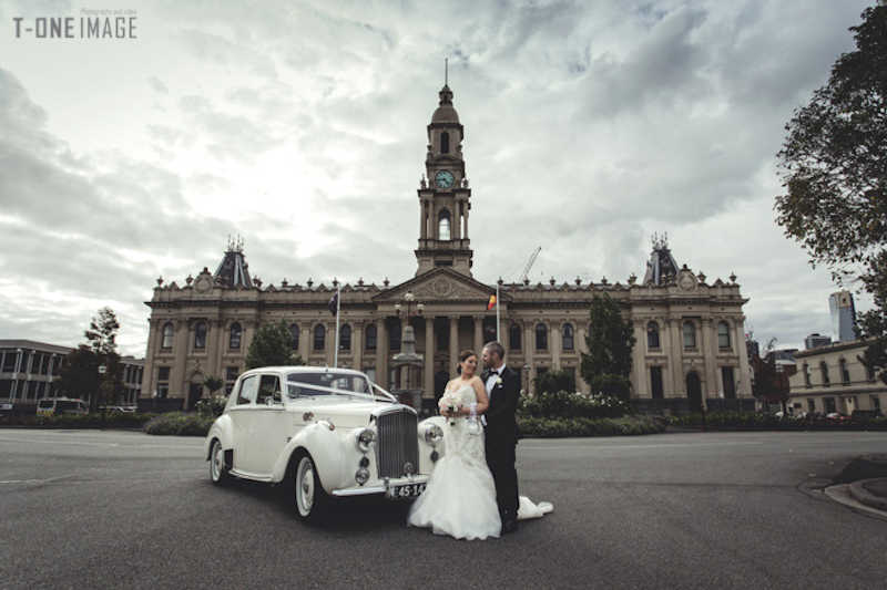 wedding car hire Triple R Luxury Car Hire