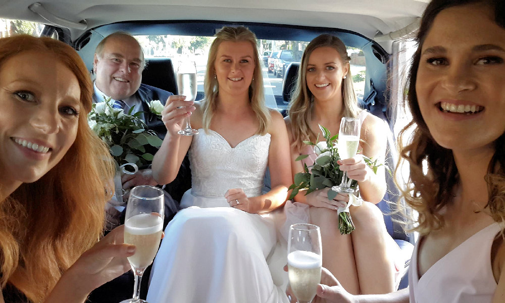 E and R Classics Wedding Car Hire 7